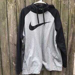 Nike Pull Over Hoodie